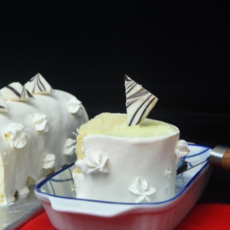 Vanilla Ice Cream Cake